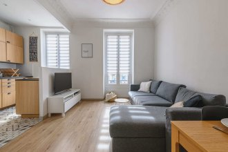 Apartment With Balcony in the Center of Nice