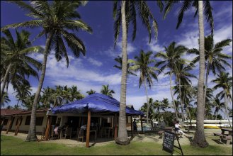 Travellers Beach Resort - Hostel