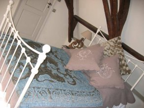Russell House Bed And Breakfast