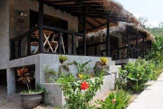 Secret Garden Village