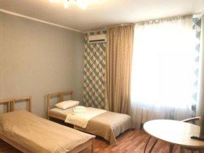 Red 13 Hostel