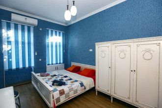 One bedroom apartment near sulfur baths