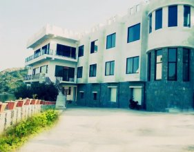 Rang Bhawan Inn- A Lake View Hotel in Kumbhalgarh