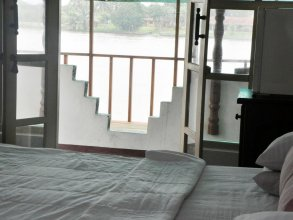 Luthmin River View Hotel
