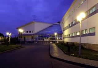 Отель Вояж Парк (гостиница Велотрек)