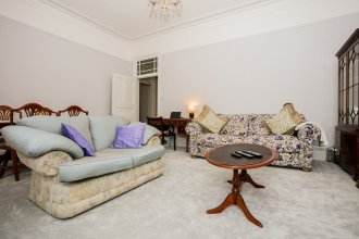 2 Bedroom Apartment in Westminister