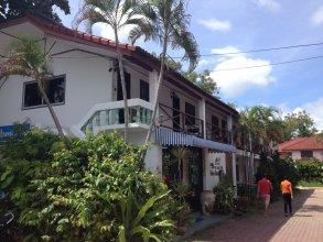 Siam Shades House