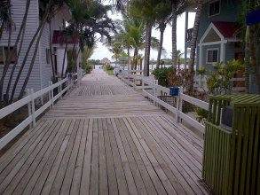 Las Palmas Beach Hotel