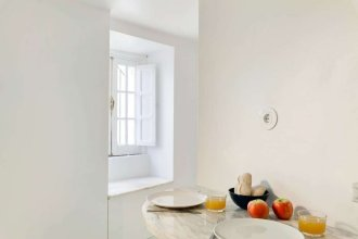 Beautiful 1-bedroom Apt in Lisbon NO TV