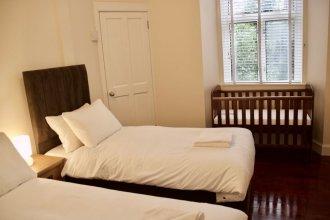 2 Bedroom Flat Off Leith Walk
