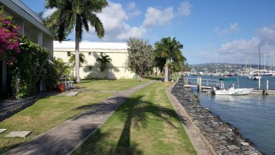 Seawind On the Bay Apartments