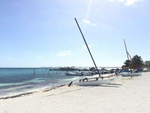 OCEAN beachfront 4 BDR -Amazing Oceanview