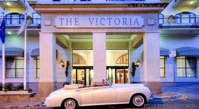 AX │ The Victoria Hotel