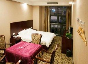Liangjiang Shiguang Inn