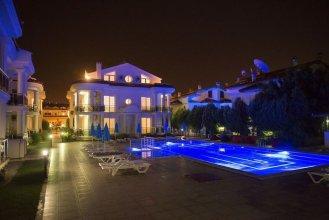 Serenity Apartments 3 by Villamnet