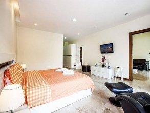 Pratumnak Hill Apartment Studio
