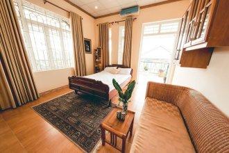 Hillside Homestay Hue - Top Apartment