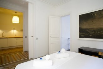 BarcelonaForRent The Claris Suites