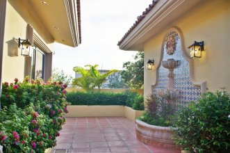 Casa Stamm, Hacienda-style Home Perfect For Families
