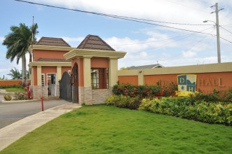 Ocho Rios Palm View Villa & Apartments