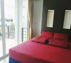 Goldengate Guesthouse - Hostel