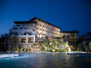 Golden Bay Resort