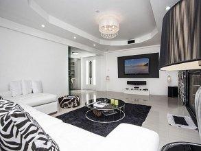 Pratumnak Point Villa - 3 Bedroom
