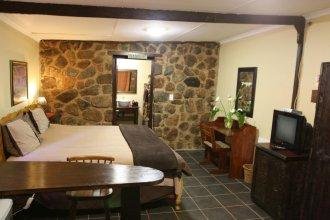 Lomas Creek Guest Lodge