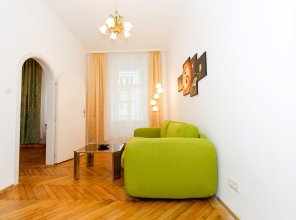 Marthas Veranda Apartment