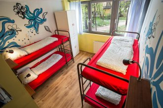 Island Hostel - Adults only