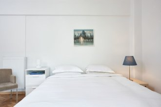 Acropolis Museum Apartment