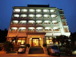 Hoa Binh Ha Long Hotel