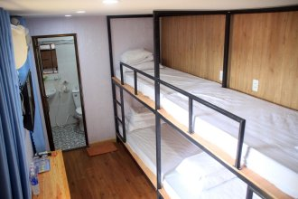Ht Container Hostel