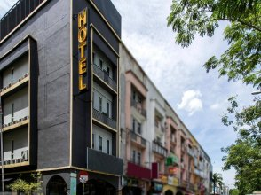 Smile Hotel Danau Kota