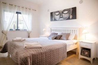 B05 - Luxury Central 2 bed with Spa by DreamAlgarve
