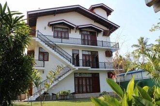 Lioni Holidays Villa