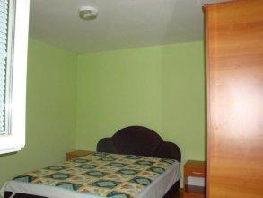 Larissa Sunrise Apartment