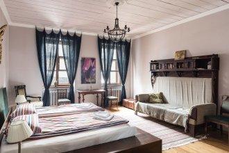 Griboedov Loft Apartments K14