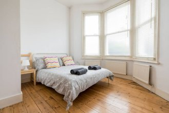 Spacious 2 Bedroom Flat in the Heart of Clapton