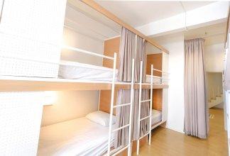 Simple to Sleep Hostel