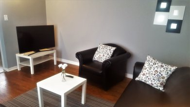 Lavish Suites - 4 Bedroom Guesthouse