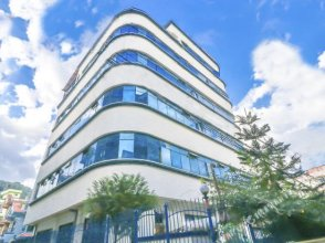 OYO 608 Hotel Aradhya Palace