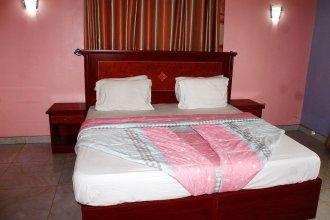 Row Hotel & Suites