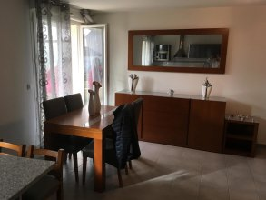 Apartment With 2 Bedrooms in Bagnolet, With Terrace and Wifi
