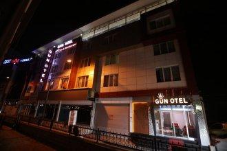 Gun Otel