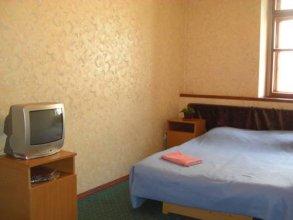 Yulana Hostel on Orlovskiy