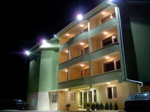 Paralax Hotel