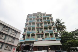 SPOT ON 46408 Hotel Saaj