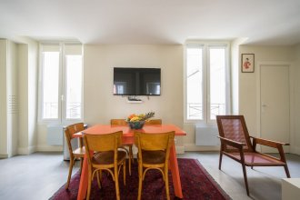 Pied A Terre - Gambey