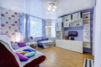 Kvartira S Dzhakuzi V Moskovskom Rayone Apartments